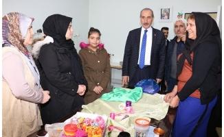 Yalçınkaya'dan üreteden kadınlara destek