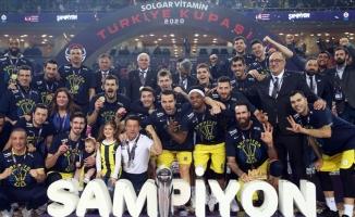 Basketbolda Türkiye Kupası Fenerbahçe'nin