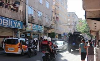 Diyarbakır'da hain saldırı: 1 şehit