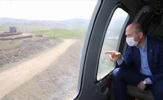 Soylu Türkiye-İran sınır duvarını inceledi