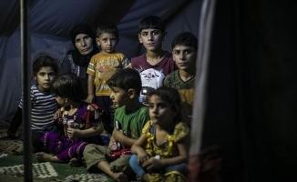 9 metrekarelik çadırda 11 kişilik hayat mücadelesi