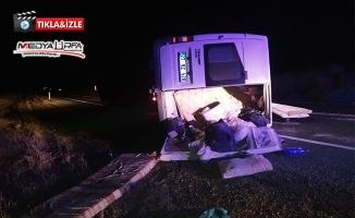 Siverek'te minibüs devrildi: 7 yaralı