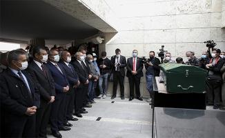 Bekir Coşkun'un cenazesi alkışlarla uğurlandı