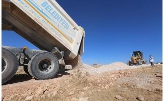 Haliliye'de yol yapım atağı sürüyor