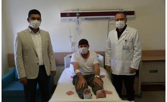 Diz ağrısıyla gitti, Covid-19 testi pozitif çıktı
