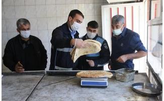 Haliliye'de Zabıta Fırsatçılara Geçit Vermiyor
