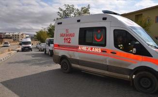 Hakkari'de yolcu otobüsü tırla çarpıştı: 4 ölü