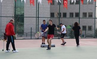 Şanlıurfa'da geleceğin tenis şampiyonları yetişiyor