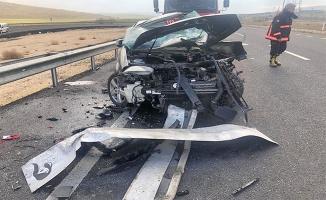 Şanlıurfa'da trafik kazasında baba ile oğlu öldü