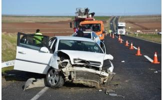 Şanlıurfa'da otomobil şarampole devrildi: 1 ölü, 3 yaralı