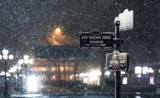 Ankara'da kar yağışı etkili oldu