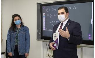 Canpolat'tan 600 Öğrenciye Eğitim Desteği