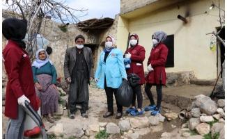 Karaköprü'de yaşlı vatandaşlara evde bakım desteği