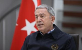 Akar: Mehmetçiğin nefesi teröristlerin ensesinde