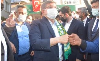 Davutoğlu, Birecik'te parti binası açılışına katıldı