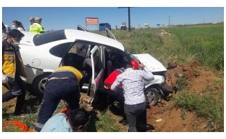 Suruç'ta otomobil şarampole devrildi: 5 yaralı