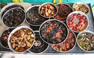 Urfa'da fırınlarda pişen lezzetler sofraları süslüyor