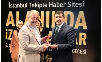 Mehmet Ekinci'ye 'Vefa Ödülü' verildi