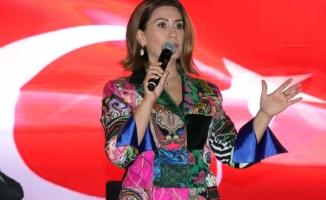Azerin HRÜ'de konser verdi