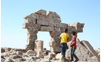 Şuayb Antik Kenti, surları ve dehlizleriyle ilgi çekiyor