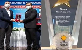Urfalı Avukat İzol'a üstün başarı belgesi