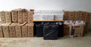 Akçakale'de 21 Bin Paket Kaçak Sigara Yakalandı