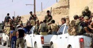 Suriye'de Muhalifler Hama Merkezine Yaklaştı