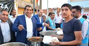 Başkan Atilla, İftarını Vatandaşla Açıyor
