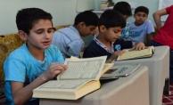 Urfa'daki  Savaşın Çocukları Kur'an'a Sarılıyor