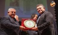 Sedat Atilla#039;ya #039;#039;Yılın Başarılı Gazetecisi#039;#039; ödülü