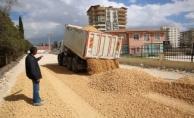 Atakent Mahallesi Yeni Yollarla Gelişiyor