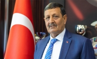 Başkan Özyavuz'dan Berat Kandili mesajı