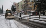 Urfa Büyükşehir'in Kar Mesaisi Devam Ediyor