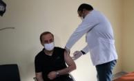 Vali Erin İlk Doz Aşısını Oldu