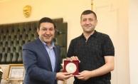 MHP Kayseri Milletvekili Esoy'dan, Başkan Özyavuz'a Ziyaret