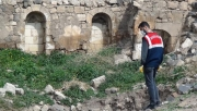 İzinsiz kazıda ortaya çıkan mozaikler korumaya alındı